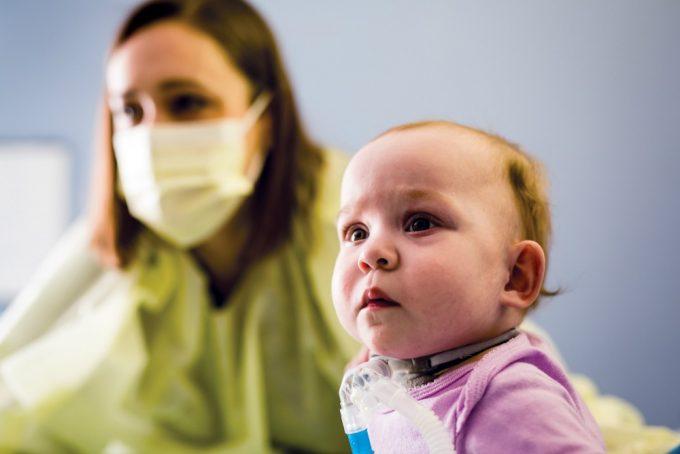 Baby in pulmonary rehabilitation program